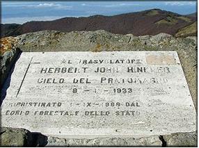 Monumento in memoria di Hinkler