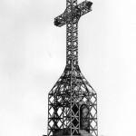 la croce in uno scatto del 1974 (archivio ex APT - Provincia di Arezzo)